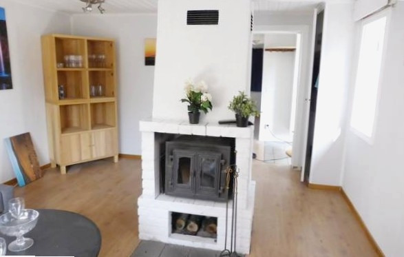 Three-Bedroom Apartment Strängnäs with a Fireplace 07